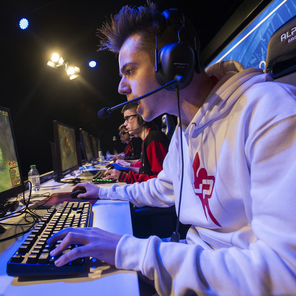 alpha_gamer_esports_gaming_6